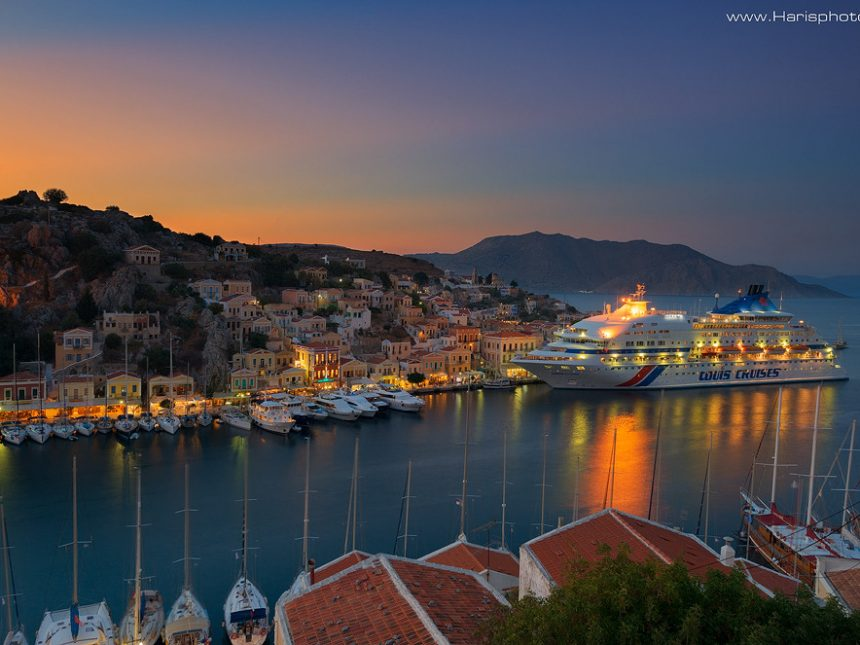 Sunset at Symi and the Celestial cruise boat (Louis)